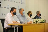 """Υπουργός Γεωργίας – Συνέντευξη Τύπου «Το Νερό είναι στα χέρια μας»Πολιτιστικό Κέντρο Δήμου Στροβόλου, Λευκωσία, Κύπρος Ο Υπουργός Γεωργίας, Αγροτικής Ανάπτυξης και Περιβάλλοντος κ. Κώστας Καδής απευθύνει χαιρετισμό στη συνέντευξη Τύπου για την έναρξη της δράσης «Το Νερό είναι στα χέρια μας», η οποία διοργανώνεται υπό την αιγίδα του Κέντρου Μελετών και Έρευνας ΑΚΤΗ, του Δήμου Στροβόλου καθώς και την εταιρεία Finish. //Agriculture Minister – Press conference """"Water is in our hands""""Strovolos Cultural Center, Lefkosia, Cyprus The Minister of Agriculture, Rural Development and Environment, Mr Costas Kadis, addressees the Press conference for the launch of the action """"Water is in our hands"""", which is organized under the auspices of the AKTI Project and Research Center, the Municipality of Strovolos and the company Finish."""